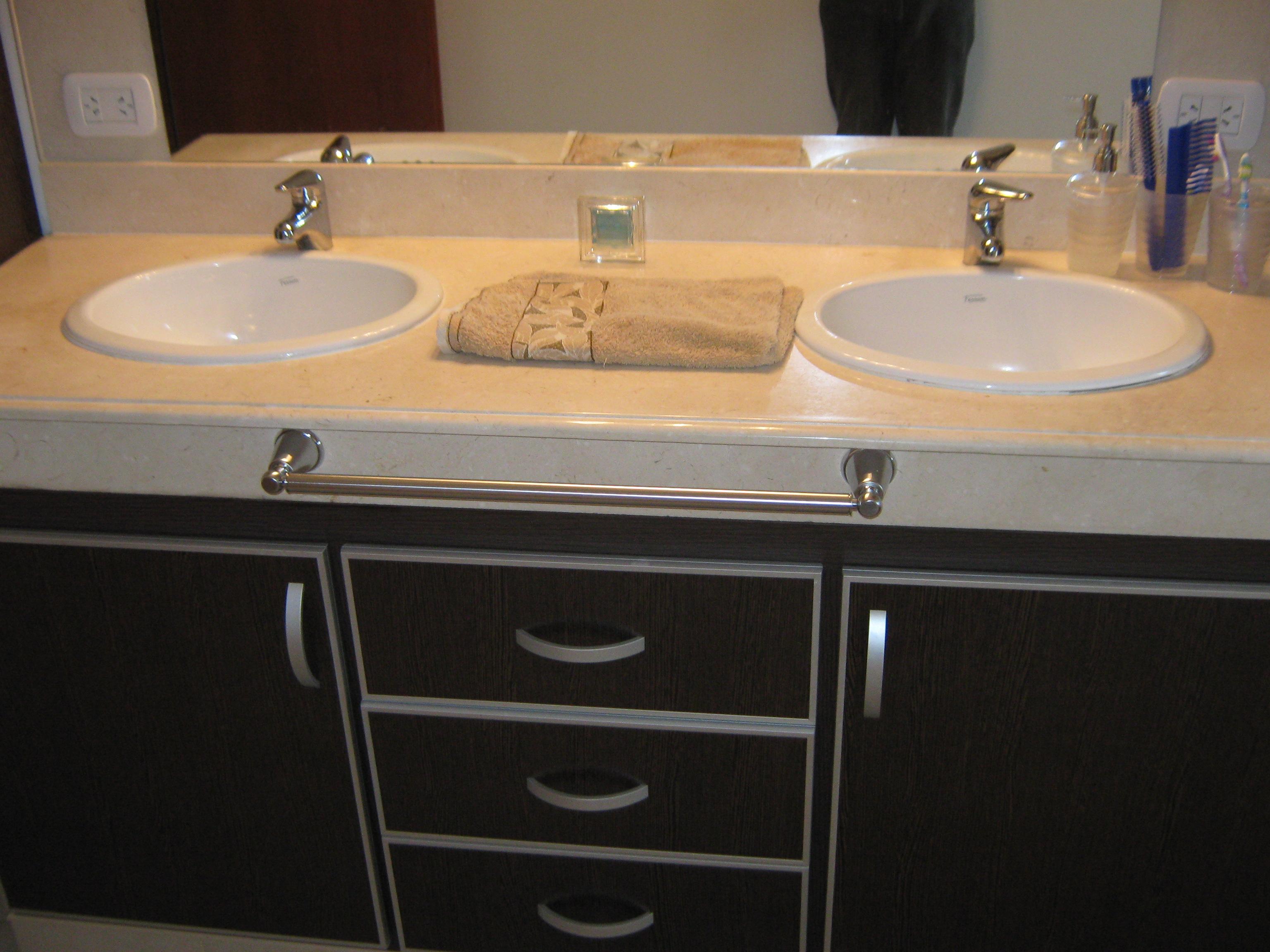 Mueble para ba o 8 alumil for Muebles de bano completos
